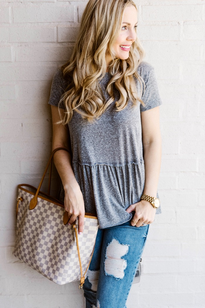 distressed jeans outfits peplum t-shirt