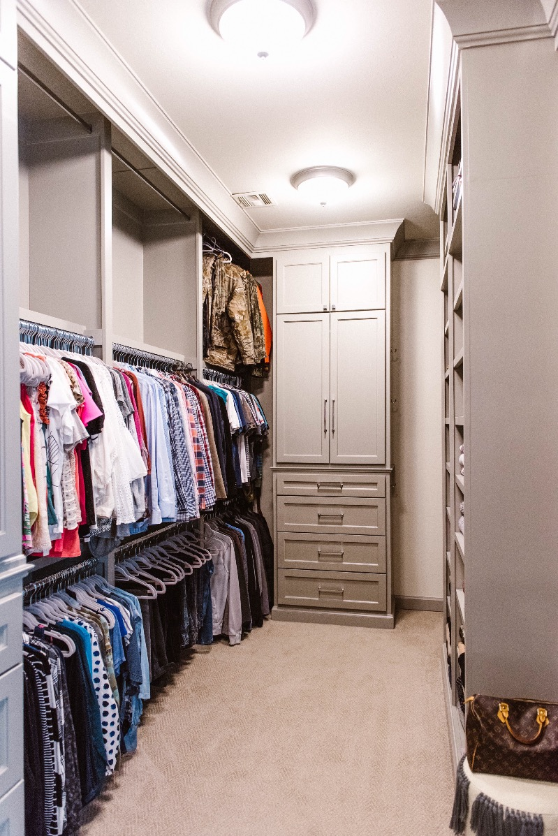 master-closet-organization-ideas-hanging-area | Curls and